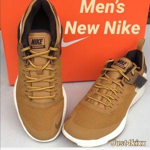 New Men's Nike In Beautiful Color 🔥